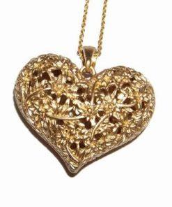 Pandantiv cu inima din metal