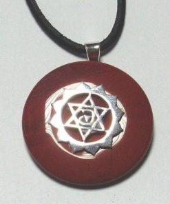 Chakra Anahata din argint cu carneol, pe siret