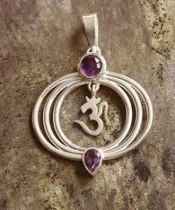 Simbolul OM/Tao din argint cu cristal de ametist - pandantiv