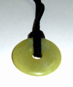 Pandantiv din jad pe siret negru