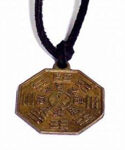 Talisman Feng Shui cu simbolul Yin Yang