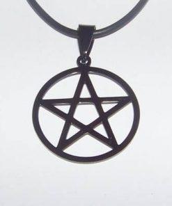 Pentagrama neagra din metal nobil