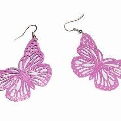 Cercei roz in forma de fluture