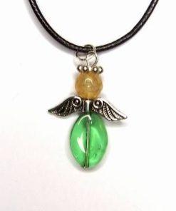 Pandantiv cu cristale verzi si galbene pentru noroc