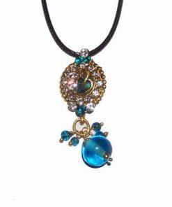 Pandantiv auriu cu cristale albastre pentru sanatate