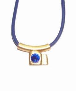 Talisman auriu din metal nobil cu strass albastru