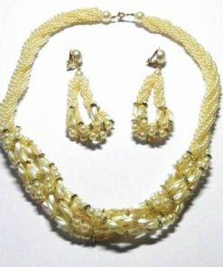 Set compus din colier si cercei din perle industriale
