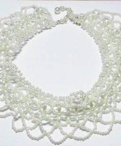 Colier cu perle industriale, la baza gatului